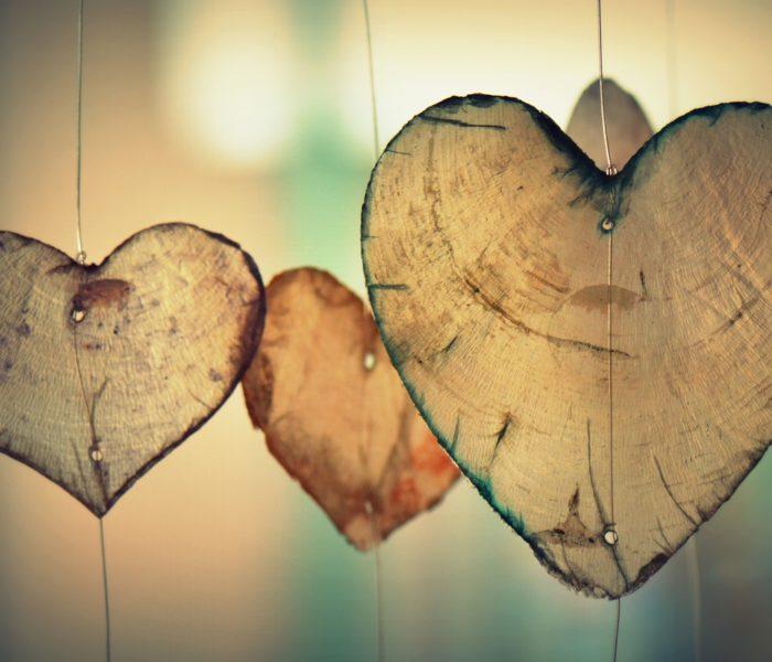 Hvis nu svaret på det hele er (selv)kærlighed…?